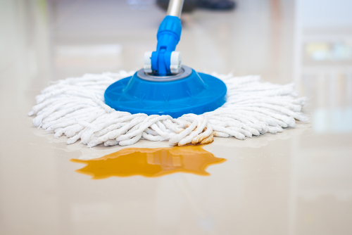 Čistenie priemyselných a domácich podláh
